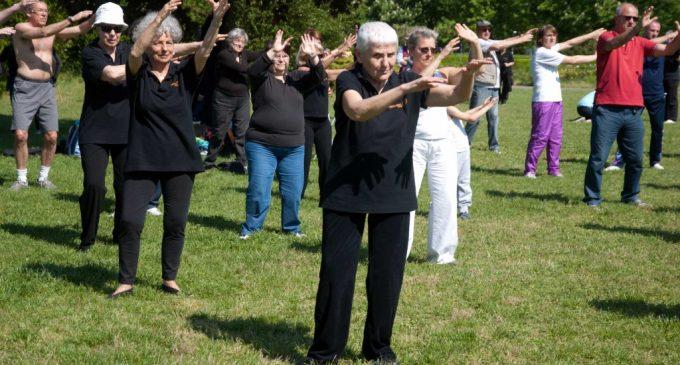 Sesto, sport per gli over 55: partono i corsi di nuoto e ginnastica