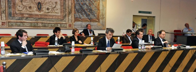"""Bilancio, polemica sui Sinti di via Brodolini: """"Non pagano da anni"""""""