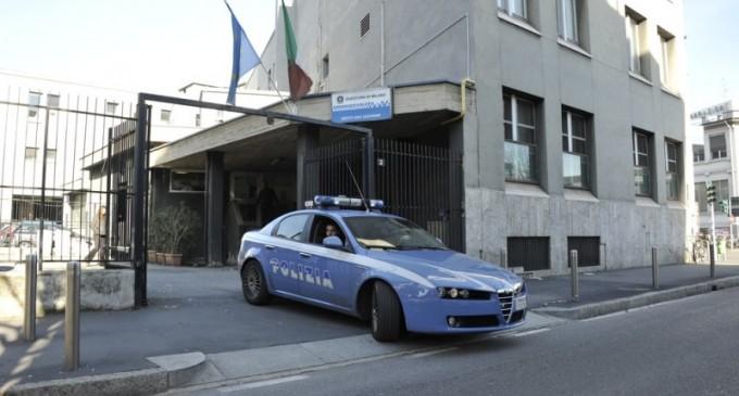"""Sesto, la polizia scopre una """"casa chiusa"""": denunciata la """"protettrice"""""""