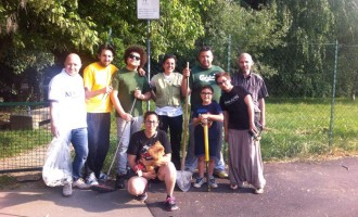 Volontari del fai da te al parco Mendez