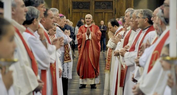 Don Davanzo è monsignore. Gli auguri del sindaco a lui e al nuovo Arcivescovo