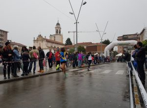 Gare di atletica in piazza Gramsci: il secondo Trofeo Città di Cinisello