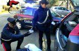 Droga nascosta sotto i sedili dell'auto usata come casa: 3 arresti a Cinisello