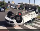 Incidente in via Lincoln, auto si ribalta: ferite due donne e tre bambini