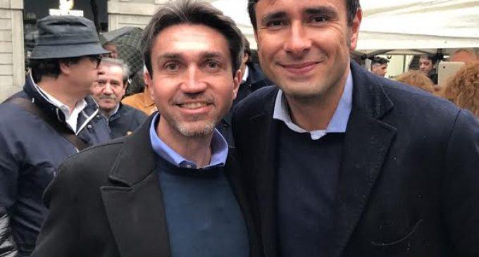 Confronto tra candidati in piazza: Foderaro (5 Stelle) sfida i rivali
