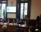 Profughi e accoglienza: pesanti insulti al sindaco Trezzi. Scoppia il caso
