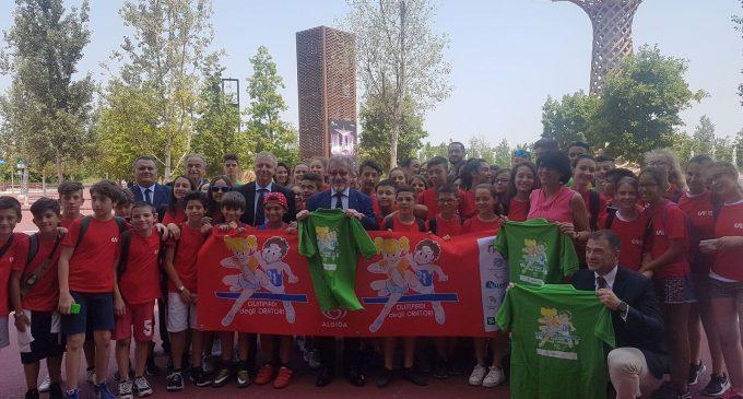 Presentate in Expo le Olimpiadi degli Oratori: i ragazzi del San Luigi testimonial con Maroni e Rossi
