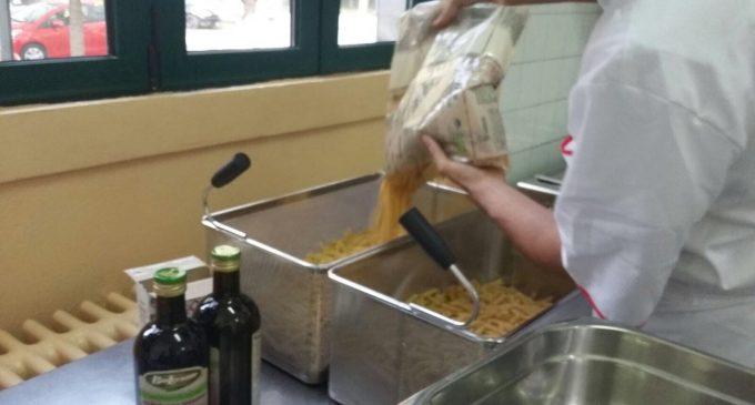 Paderno Dugnano, la pasta adesso si cucina direttamente a scuola