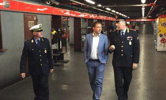 Sesto: fermato per un controllo, scappa nel tunnel della metro
