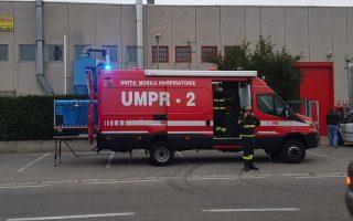 Incendio in via Palazzi a Cinisello, allarme per possibili intossicazioni