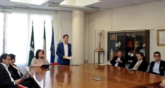 Sesto assente alla cerimonia per la strage di Bologna. E' polemica