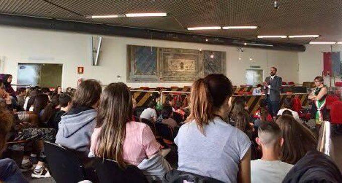 Gli studenti di Cinisello a lezione di Costituzione