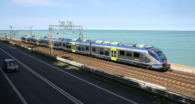 Trasporti, in servizio due nuovi treni Jazz