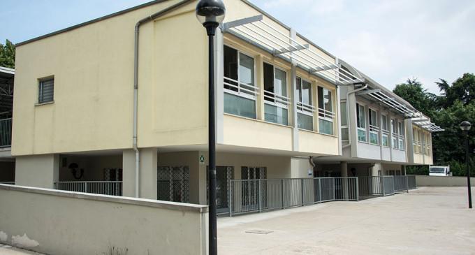 Il nuovo consultorio dell'Asl chiuso dall'Asl. Inagibile