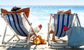 Vacanze, abolito il bollo per il passaporto
