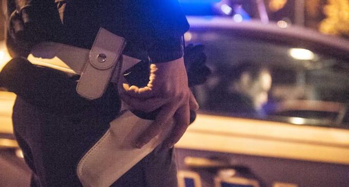 Indagato per tentato omicidio a Sesto, fermato per violenza su una ragazza