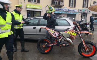 Cinisello, incidente in piazza Gramsci, ma è una fiction sulla sicurezza stradale