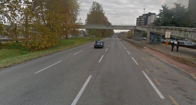 Cinisello: vuole gettarsi dal ponte sul viale Fulvio Testi. Salvato dal dirigente di polizia