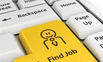 Mercato del lavoro: la ricerca si sposta sul web