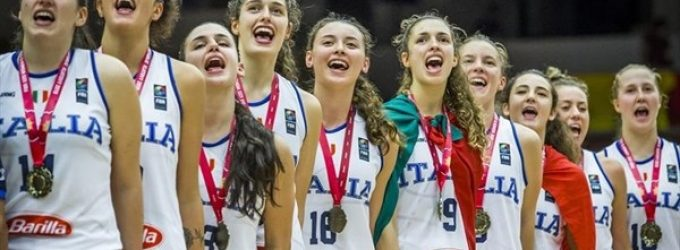 """Sesto San Giovanni, oro per l'Italia under 20 di basket con le """"sestesi"""" Costanza Verona e Lucia Decortes"""