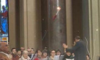 """Sesto San Giovanni, il """"rito del Faro"""" per la solennità di Santo Stefano in Basilica"""