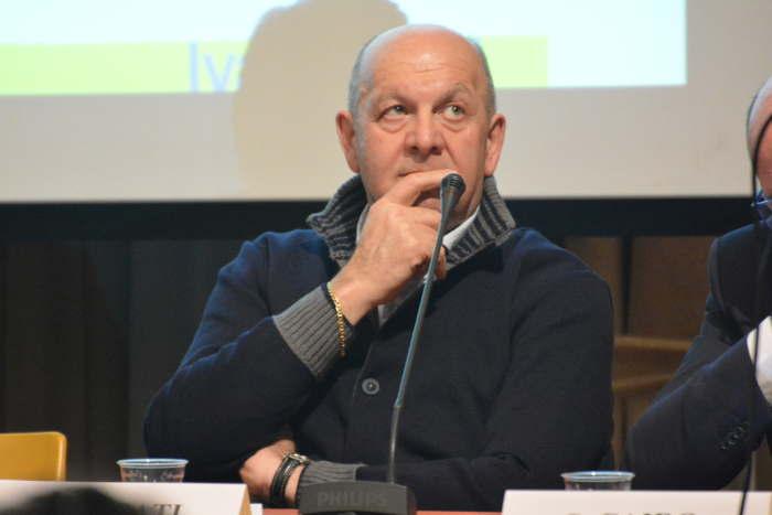 il sindaco Ezio Casati