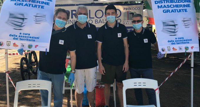 Cinisello Balsamo, Comune e volontari distribuiscono le mascherine