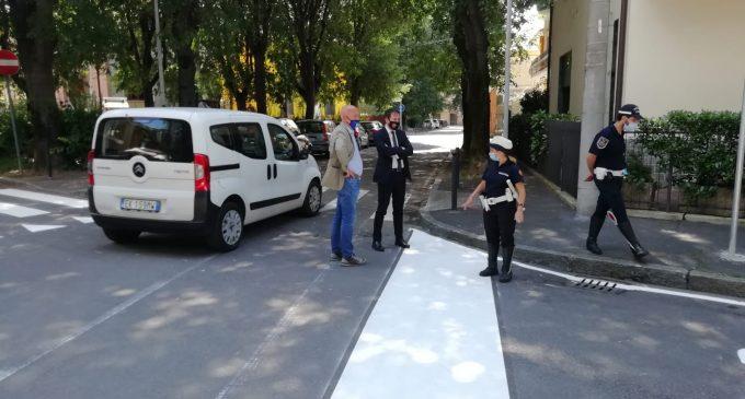 Cinisello Balsamo, via Saffi inverte il senso di marcia per garantire più sicurezza agli incroci