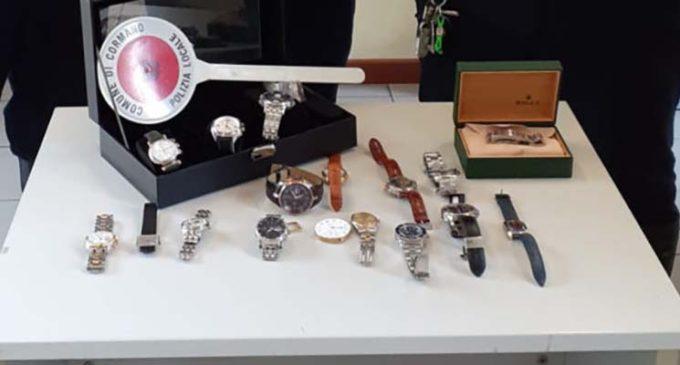 Cormano, Polizia Locale sanziona commercio abusivo di orologi