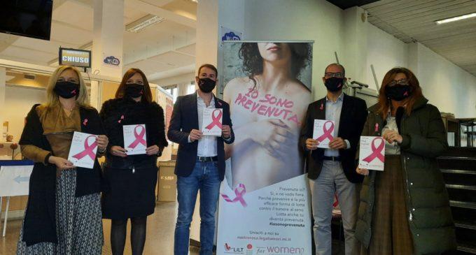 Cinisello Balsamo, campagna Nastro Rosa: visite senologiche gratuite alla farmacia di viale Rinascita