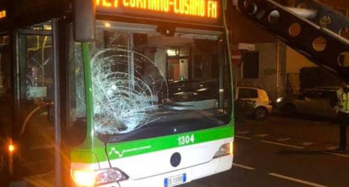 Cinisello Balsamo, donna investita da un bus: morta sul colpo