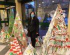 """Cormano, """"un abete speciale"""" va in vetrina, esposti gli alberi di Natale realizzati dagli studenti"""