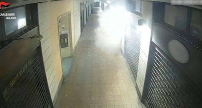 Cusano Milanino, bomba intimidatoria contro il negozio della testimone. Arrestati due giovani