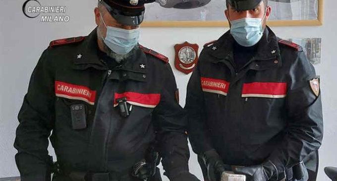 Cologno Monzese, tenta di sfuggire al controllo stradale: arrestato per detenzione di droga