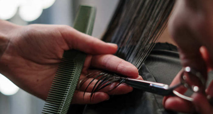 Cinisello Balsamo, liberi orari e giornate di aperture per parrucchieri ed estetisti. In arrivo l'ordinanza del sindaco