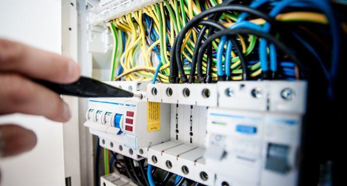 Tipi, colori e funzioni dei cavi elettrici: le cose da sapere