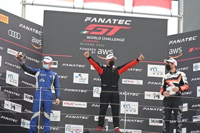 il podio di Davide Critelli sul circuito di Vallelunga