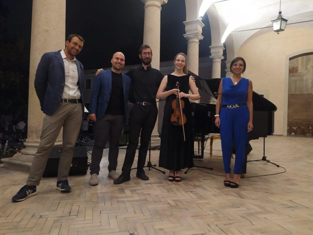 Da sinistra, Issa Tallawi, Ormar Mercatante (Cinifabrique), Daniele Fasani, Lara Celeghin e l'assessore Daniela Maggi